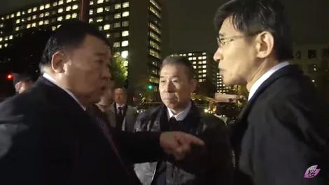 チャンネル桜 妨害者2名.png